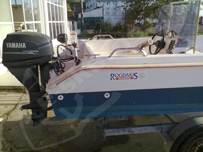 Yacht for Yamaha marine dealer system